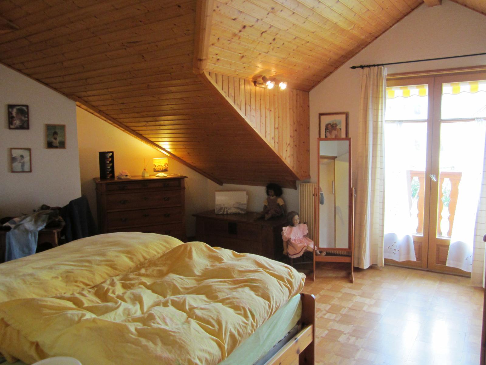 EXCLUSIVITE VIRY dans le charmant petit hameau de Malagny agréable maison mitoyenne... VENDU PAR LE CABINET