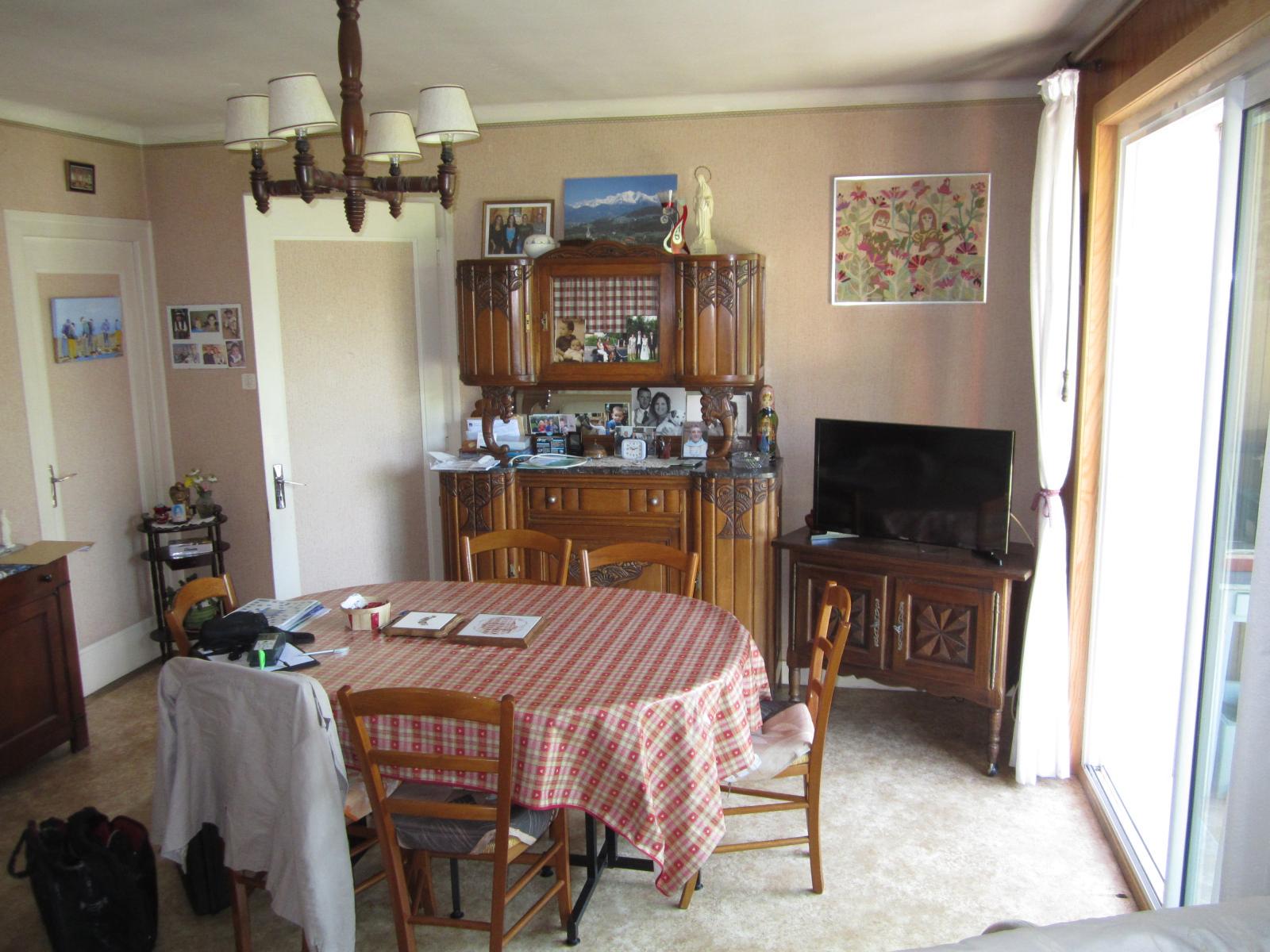 EXCLUSIVITE St Julien-en-Genevois Mignonne Maison de ville...SOUS COMPROMIS