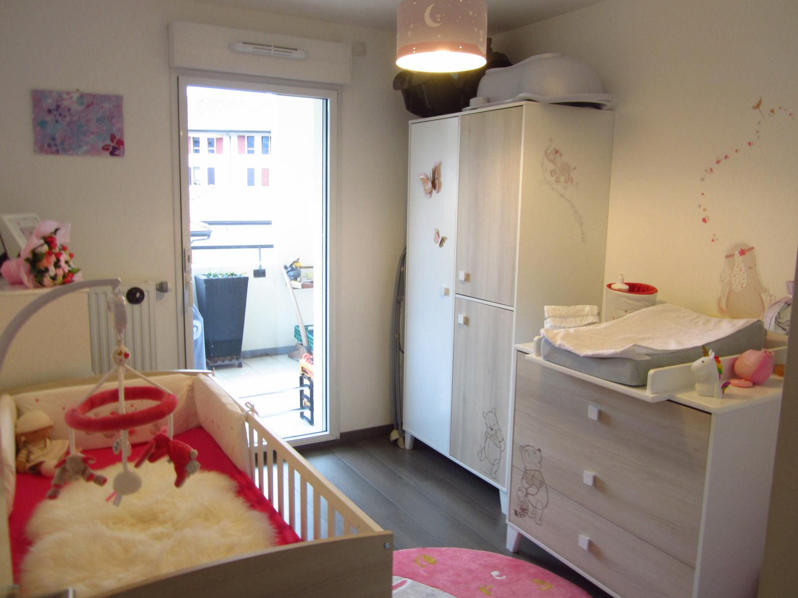 EXCLUSIVITE Archamps Appartement T3 contemporain de 67 m²  avec terrasse de 17 m² expo Sud Ouest... SOUS COMPROMIS