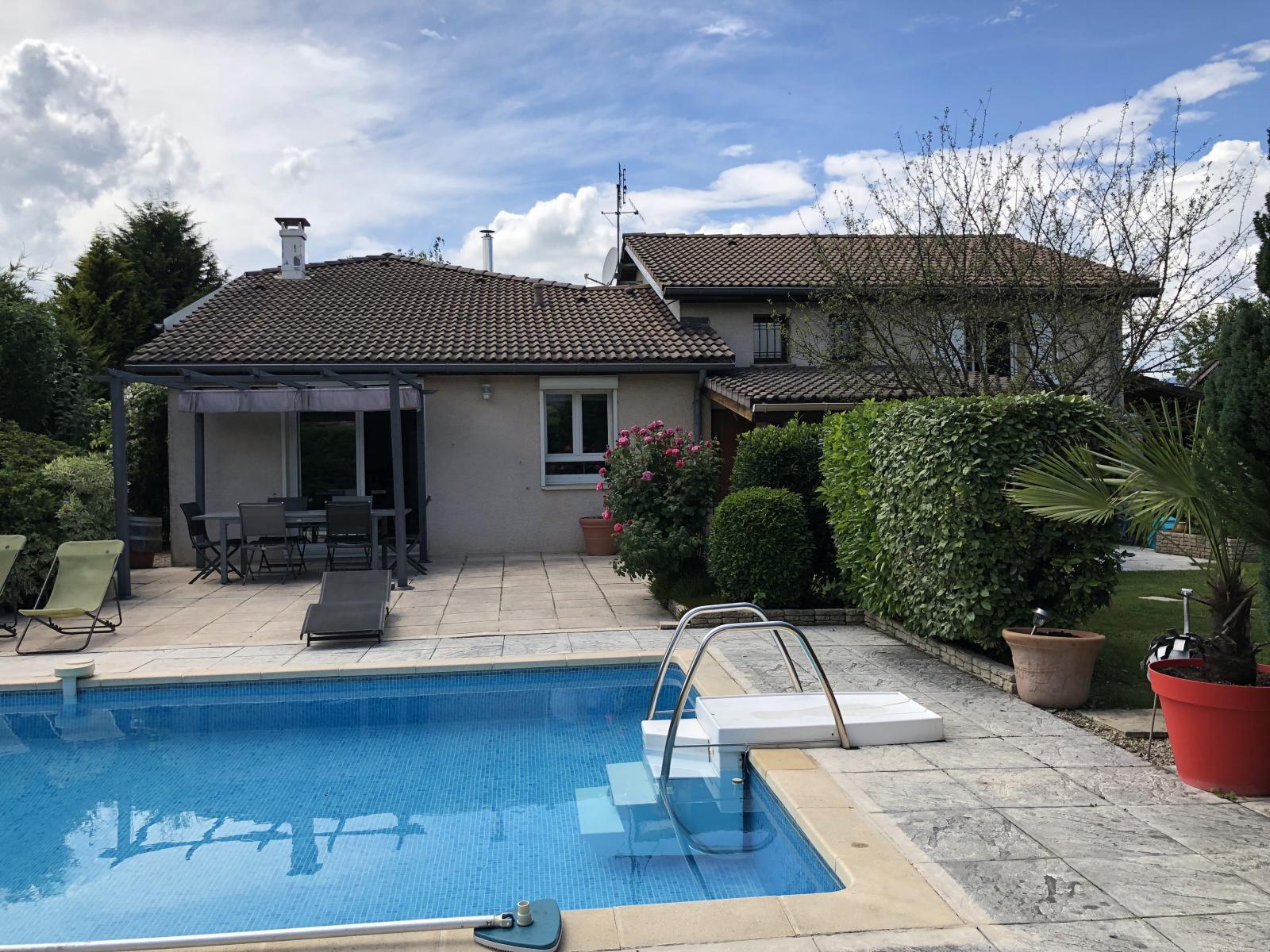 """EXCLUSIVITE St Julien-en-Genevois """"Topissime"""" maison de 187 m² habitables sur parcelle de 1149 m²...VENDU PAR LE CABINET"""