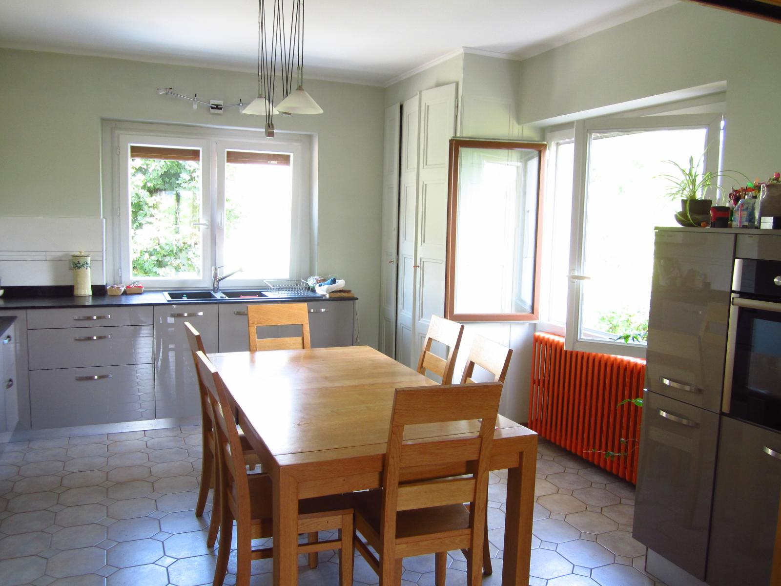EXCLUSIVITE St Julien-en-Genevois centre ville, Appartement T4 de 100 m² utiles avec parcelle de 191 m²... SOUS COMPROMIS