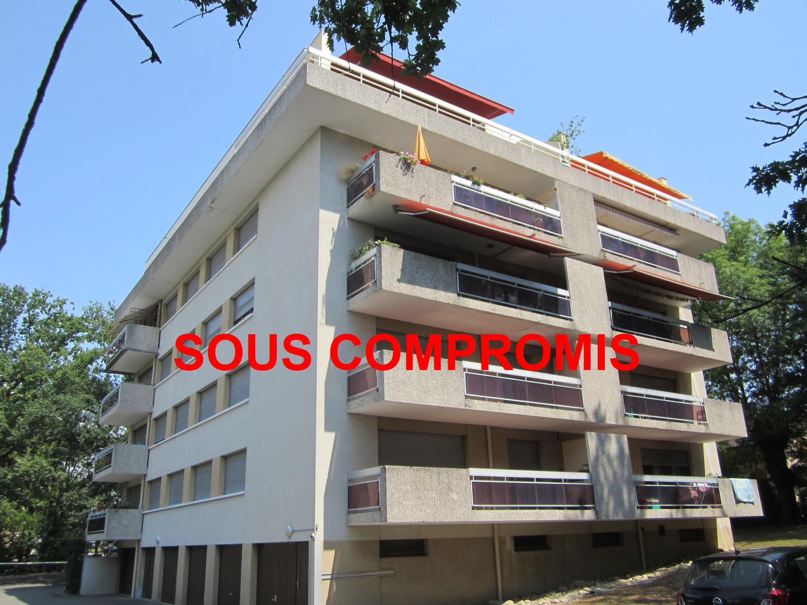 EXCLUSIVITE St Julien-en-Genevois centre Appartement T3 de 71 m² avec balcon de 13,32 m²... VENDU PAR LE CABINET