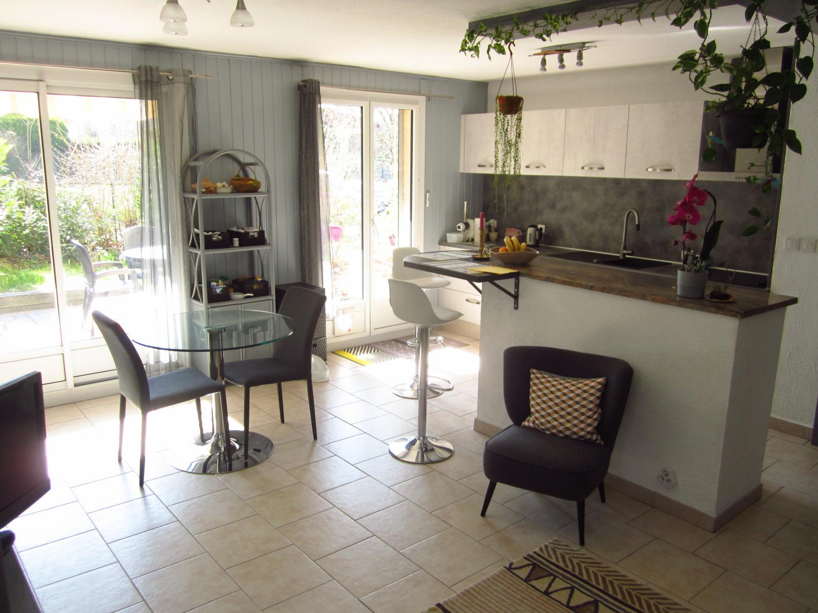 EXCLUSIVITE St Julien-en-Genevois Appartement T2 en Rez-de-Jardin, état impeccable et situation idéale !